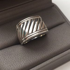 Jewelry - DY Inspired SILVER ring. 7.5-8.